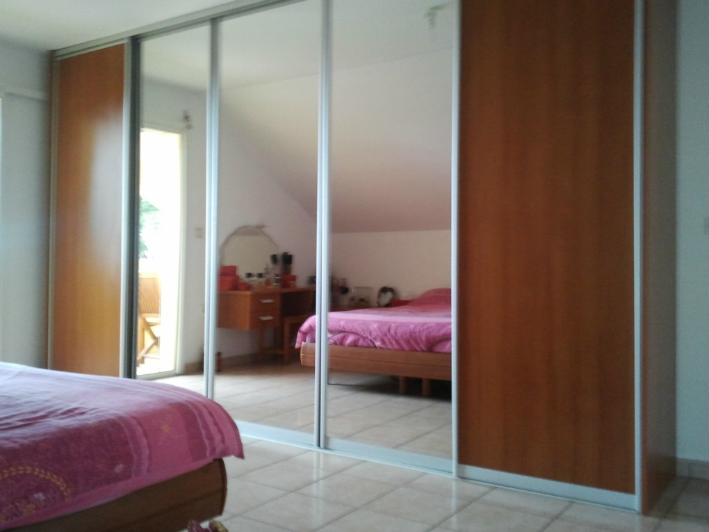 Site de vendsvillalapossession974 cmonsite - Chambre parentale avec dressing ...